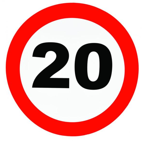 Fali dekor, behajtani tilos tábla,  20. születésnapra